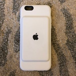 Accessories - Apple Charging Case for iPhone 6/6s